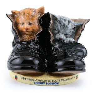 Cherry Blossom Kittens MCL23 - Royal Doulton Advertising Character