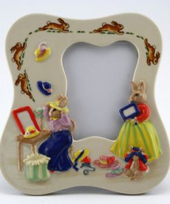 Pretty as a Picture DBGW6 - Bunnykins Giftware