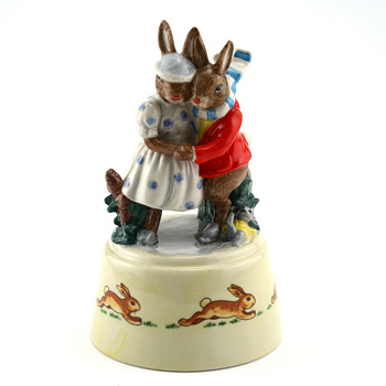 Winter Waltz DBGW4 - Bunnykins Giftware