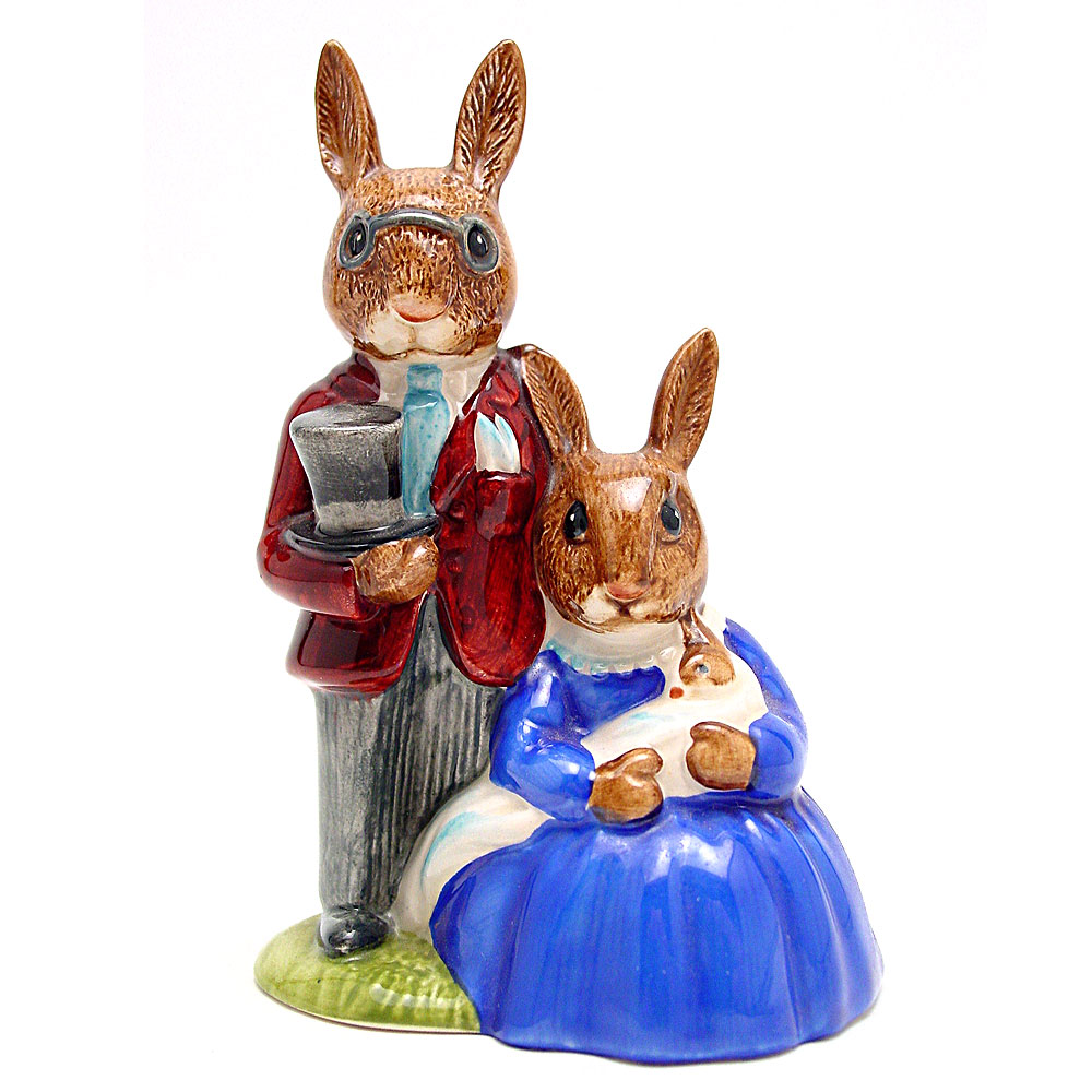 Family Photograph DB1 - Royal Doulton Bunnykins
