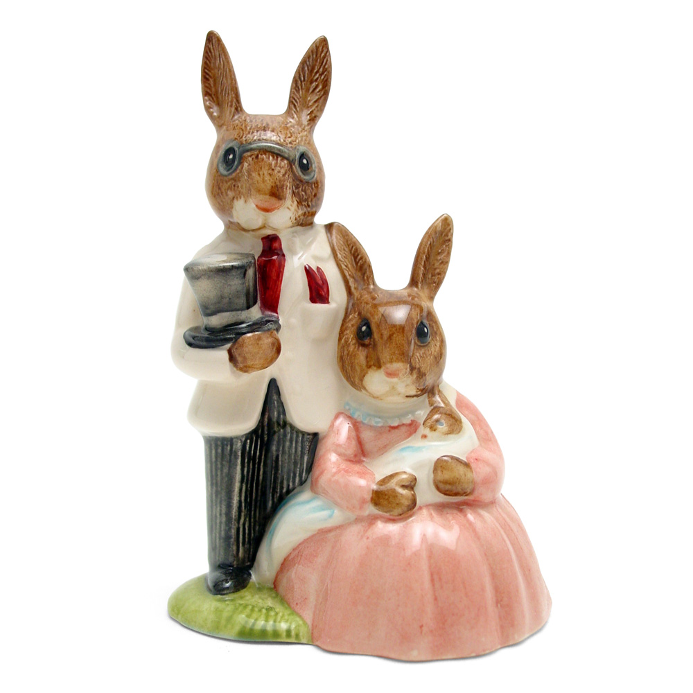 Family Photograph DB67 - Royal Doulton Bunnykins