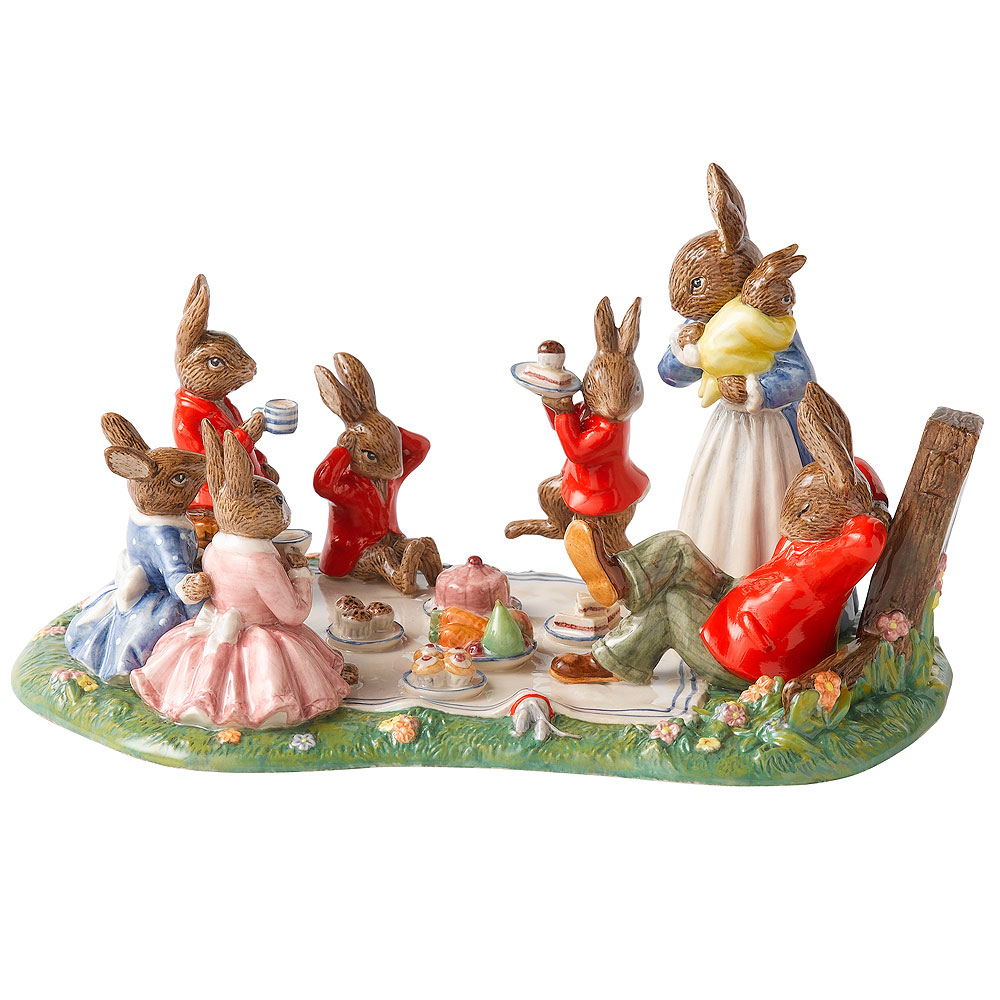 Family Picnic DB481 Tableau - Royal Doulton Bunnykins