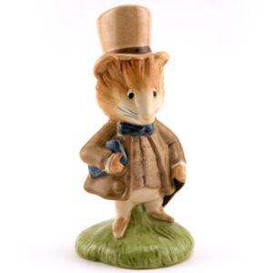 Amiable Guinea Pig - New Beswick - Beatrix Potter Figurine