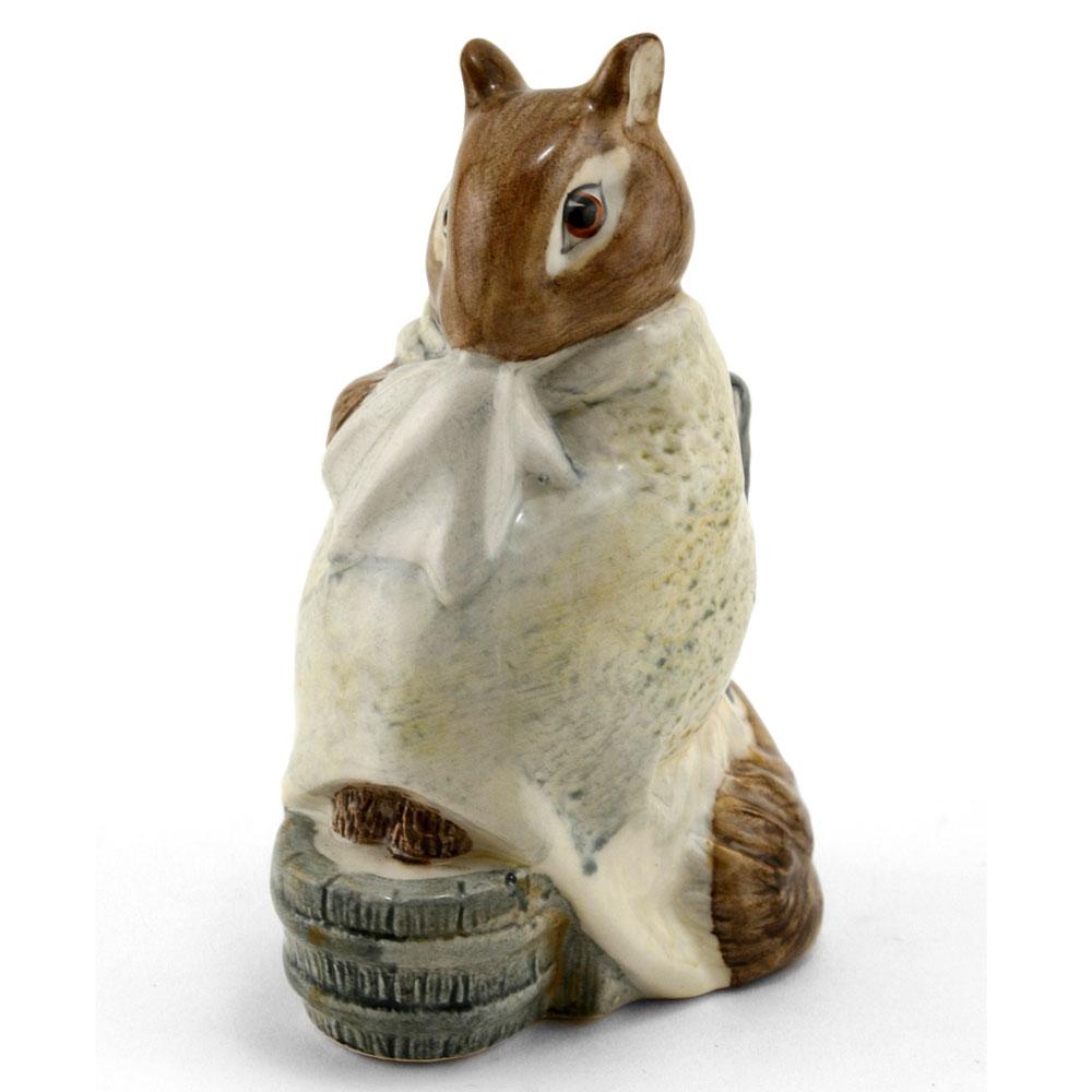Chippy Hackee - Royal Albert - Beatrix Potter Figurine