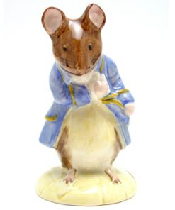 Gentleman Mouse Made a Bow - Royal Albert - Beatrix Potter Figurine