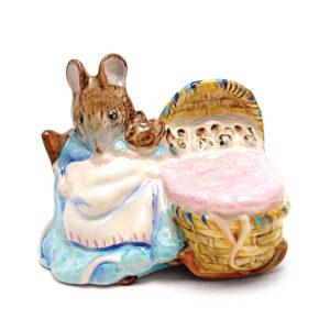 Hunca Munca - Beswick - Beatrix Potter Figurine