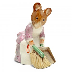 Hunca Munca Sweeping - Beswick - Beatrix Potter Figurine
