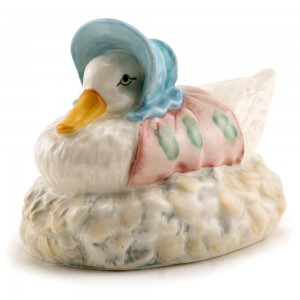 Jemima Puddle-Duck Made Feather Nest - Royal Albert - Beatrix Potter Figurine