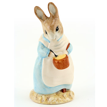 Mrs. Rabbit Cooking - New Beswick - Beatrix Potter Figurine