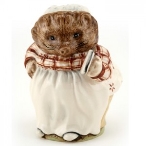 Mrs. Tiggy Winkle (Large) - Royal Albert - Beatrix Potter Figurine