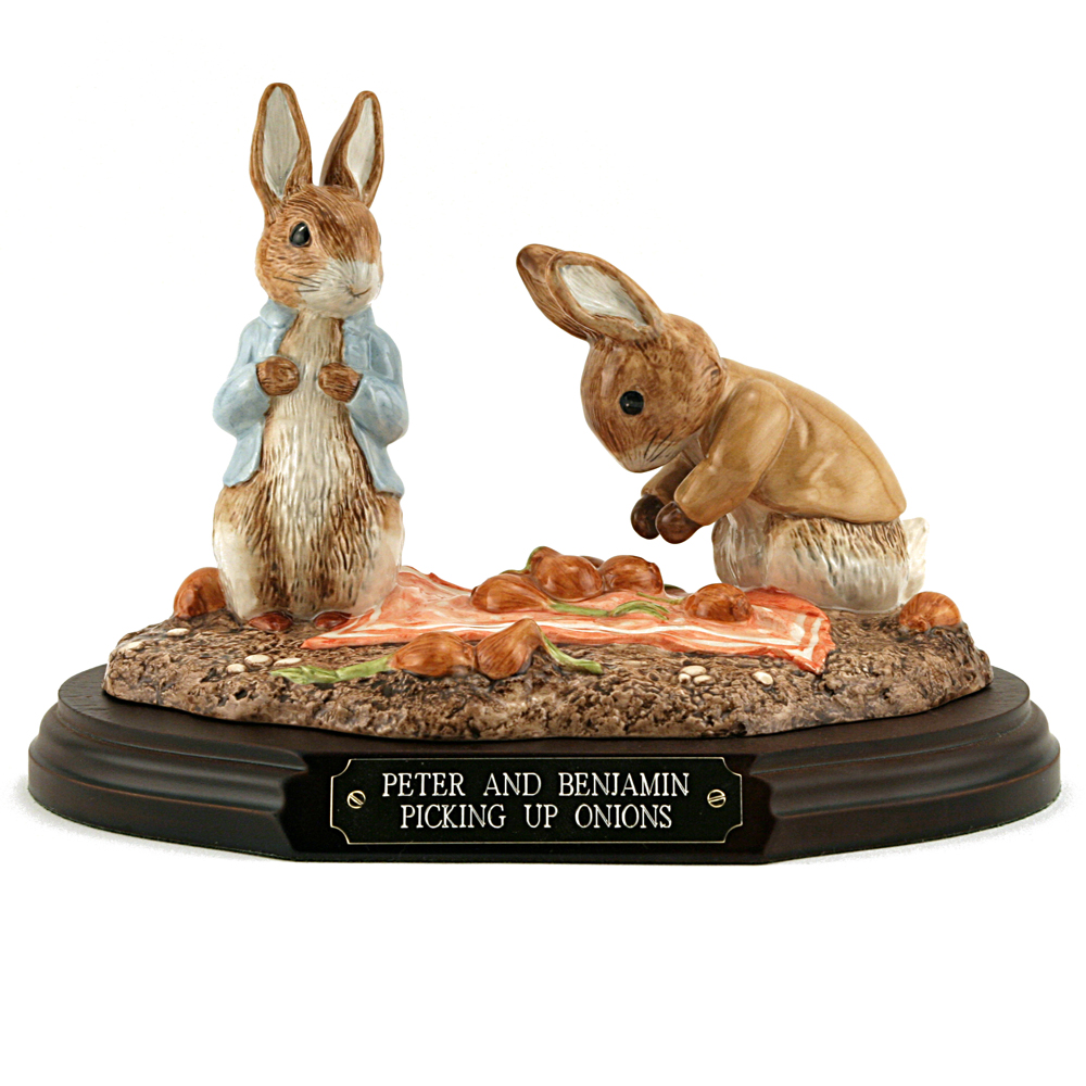 Peter and Benjamin Picking Up Onions (Tableau) - Beatrix Potter Figurine