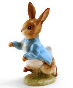 Peter Rabbit - Gold Circle - Beatrix Potter Figurine