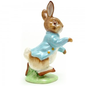 Peter Rabbit - Gold Oval - Beatrix Potter Figurine