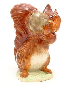 Squirrel Nutkin (Brown with Green Apple) - Gold Oval - Beatrix Potter Figurine