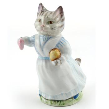 Tabitha Twitchit (Striped Top) - Gold Oval - Beatrix Potter Figurine