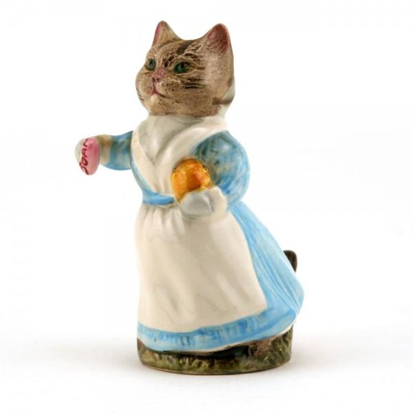 Tabitha Twitchit (White Top) - Royal Albert - Beatrix Potter Figurine