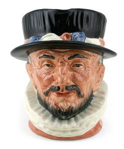 Beefeater ER D6206 - Large - Royal Doulton Character Jug