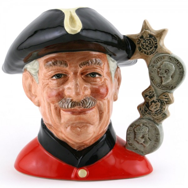 Chelsea Pensioner D6833 (Strawbridge Backstamp) - Large - Royal Doulton Character Jug