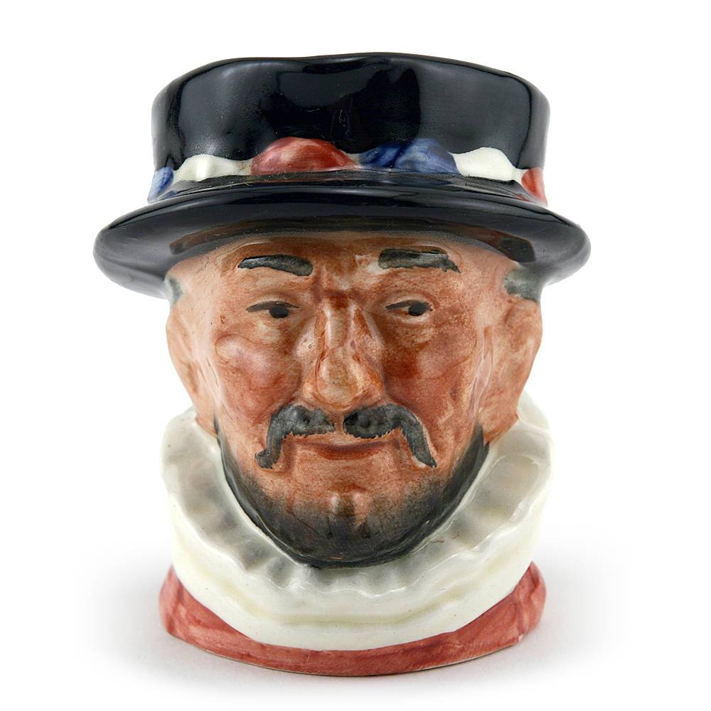 Beefeater ER Pink D6251 - Mini - Royal Doulton Character Jug