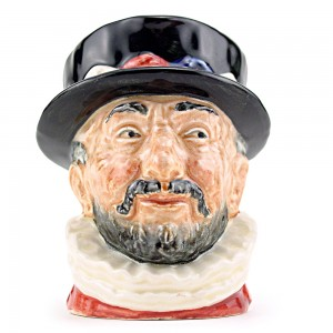 Beefeater GR D6251 - Mini - Royal Doulton Character Jug