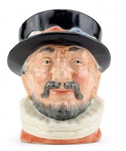 Beefeater ER D6233 - Small - Royal Doulton Character Jug