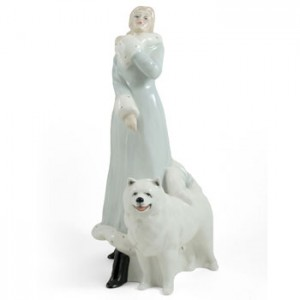 A Winters Walk HN3052 - Royal Doulton Figurine