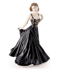 Amelia HN4327 - Royal Doulton Figurine