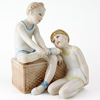Ballet Class HN3134 - Royal Doulton Figurine