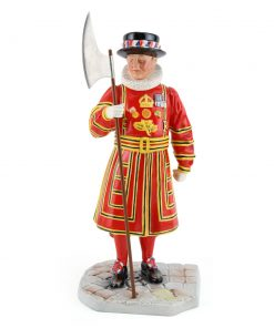 Beefeater HN5362 - Royal Doulton Figurine