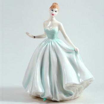 "Caroline HN4785 8.5""H - Royal Doulton Figurine"