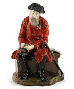 Chelsea Pensioner HN689 - Royal Doulton Figurine