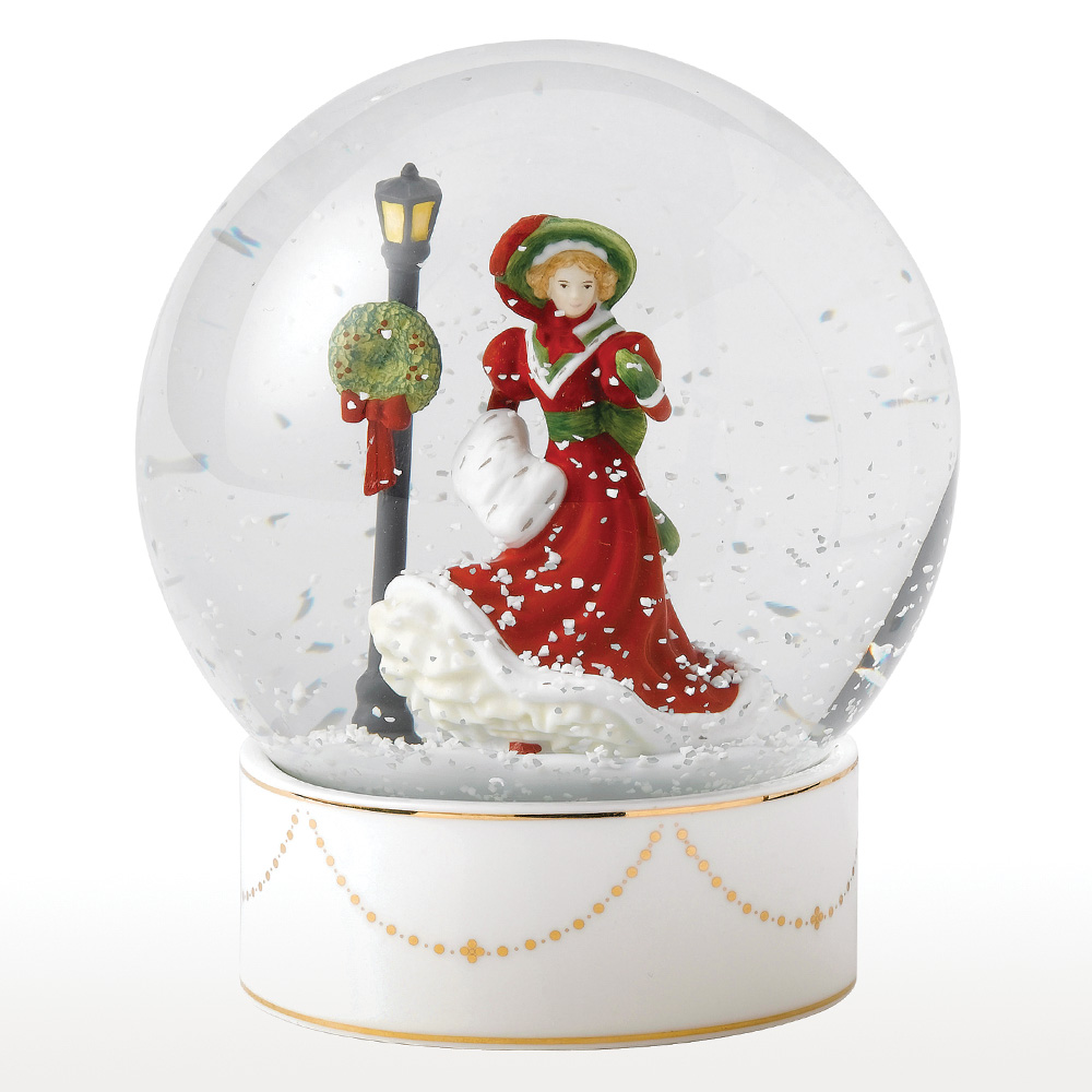 Christmas Night Snow Globe HN5522 - Royal Doulton Figurine