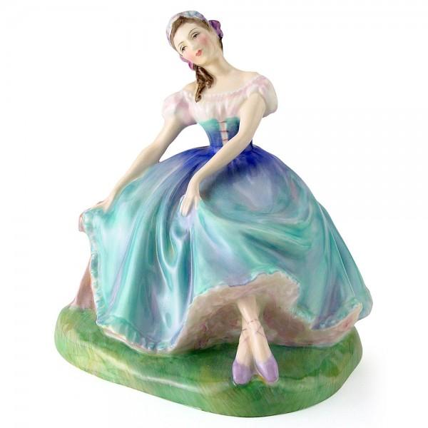 Giselle HN2139 - Royal Doulton Figurine