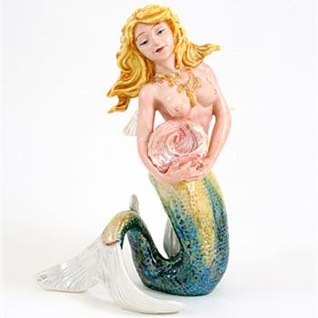 Marina HN4692 - Royal Doulton Figurine