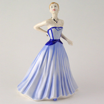 Moonlight Gaze HN4362 - Royal Doulton Figurine
