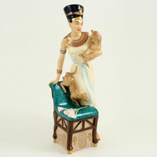 Nefertiti HN3844 - Royal Doulton Figurine