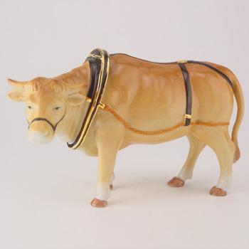 Oxen HN4705 - Royal Doulton Figurine