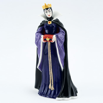 Queen HN3847 - Royal Doulton Figurine