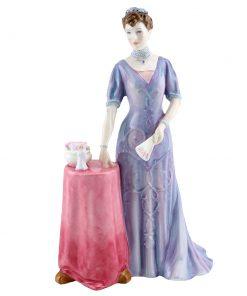 Queen Mary HN4900 - Royal Doulton Figurine