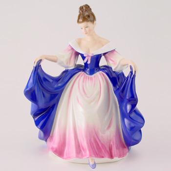 Sara HN3308 - Royal Doulton Figurine