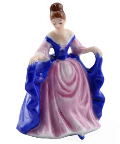 Sara M243 - Royal Doulton Figurine
