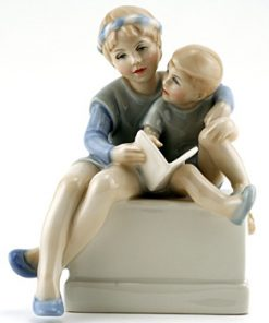Storytime HN3126 - Royal Doulton Figurine