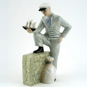Traveller's Tale HN3185 - Royal Doulton Figurine