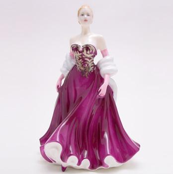 True Love HN4621 - Royal Doulton Figurine