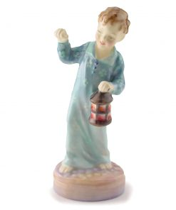 Wee Willie Winkie HN2050 - Royal Doulton Figurine