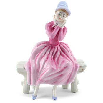 Young Dreams HN3176 - Royal Doulton Figurine
