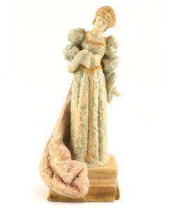 Ellen Terry as Queen Catherine - Vellum - Royal Doulton Figurine