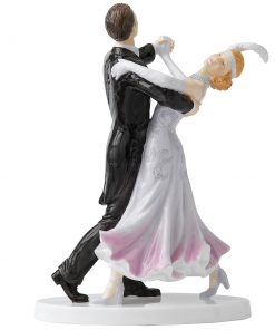 Fox Trot HN5445 - Royal Doulton Figurine - Dance Collection