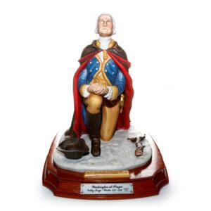 George Washington at Prayer HN2861 - Royal Doutlon Figures