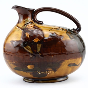 Hooked Flask 6H - Royal Doulton Kingsware